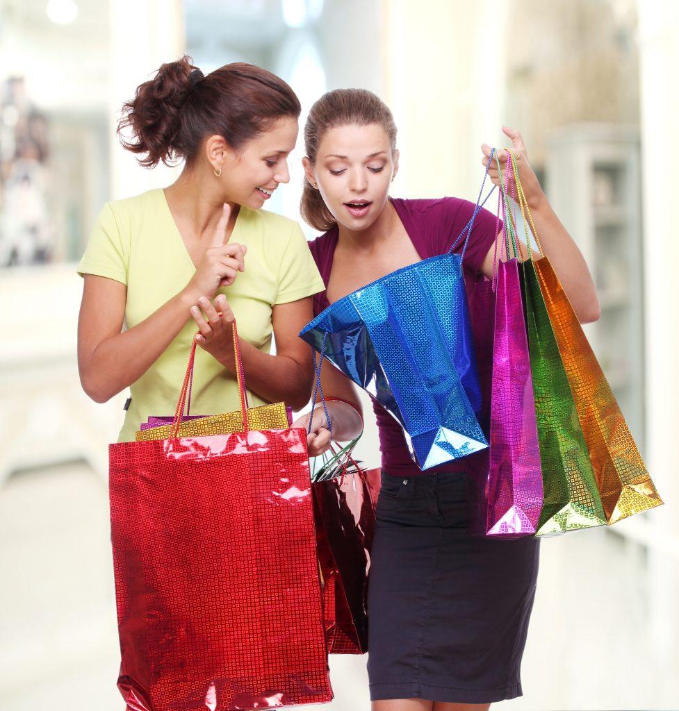 girls-shopping1