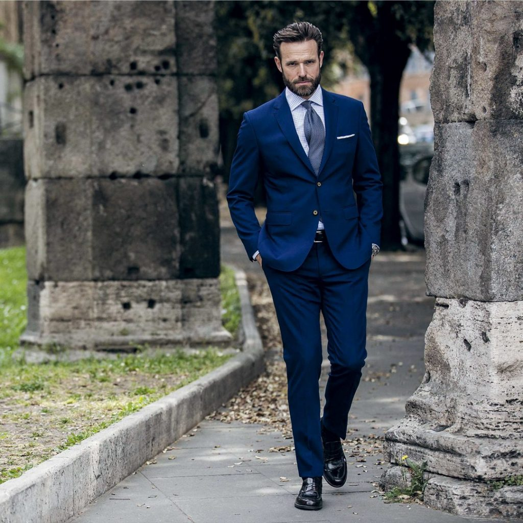 LoroPiana-Napoli-Blue-facebook-1080x1080