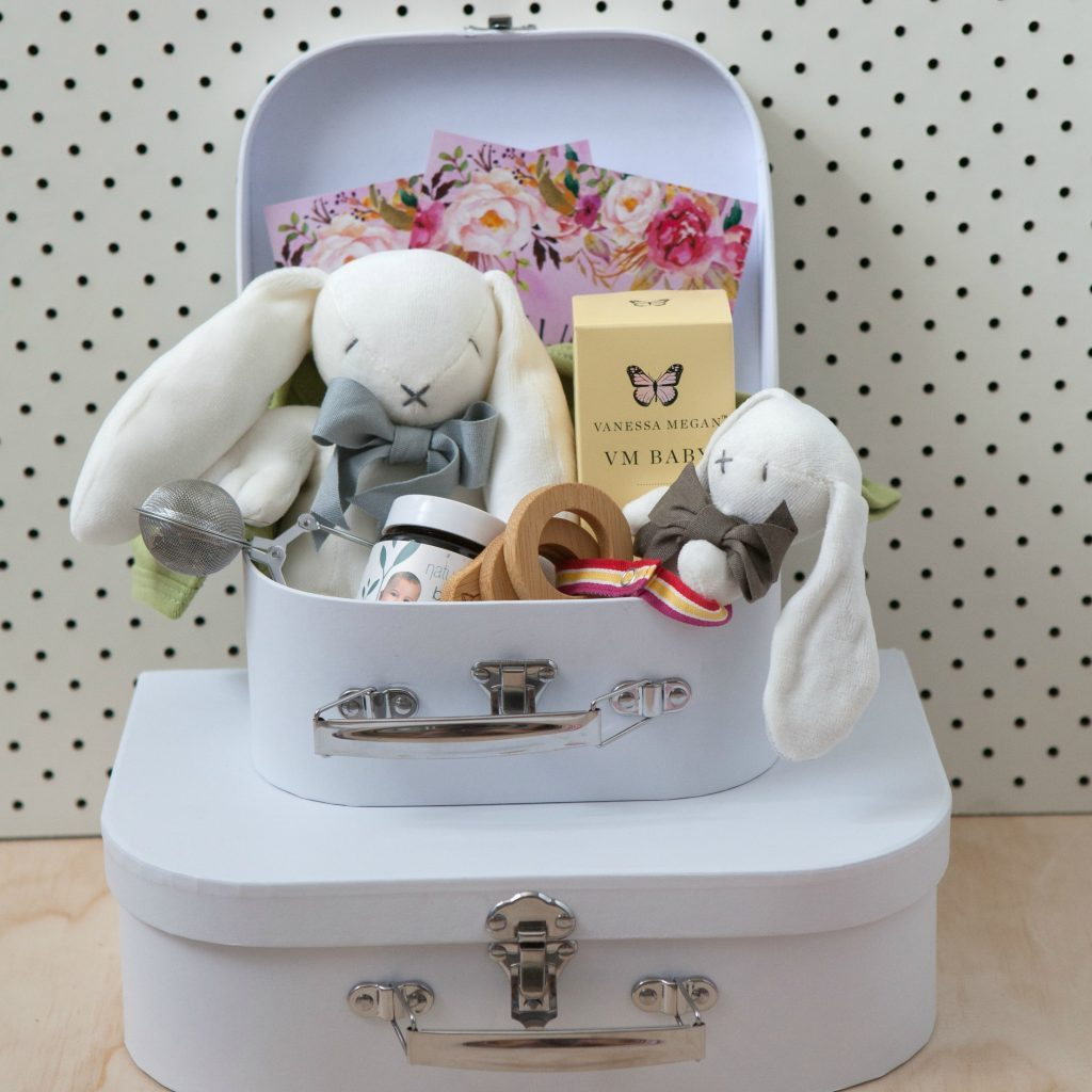 Baby-Gift-hamper-packaging