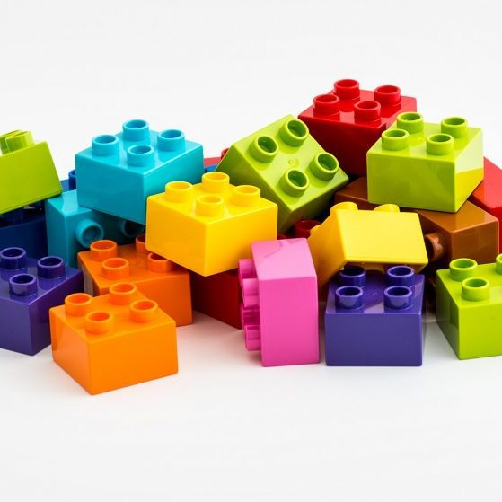 HighRes_LEGO_DUPLO_bricks-story