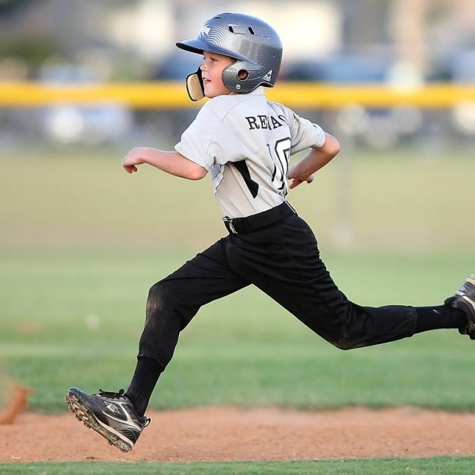 baseball-player-running-sport-163239